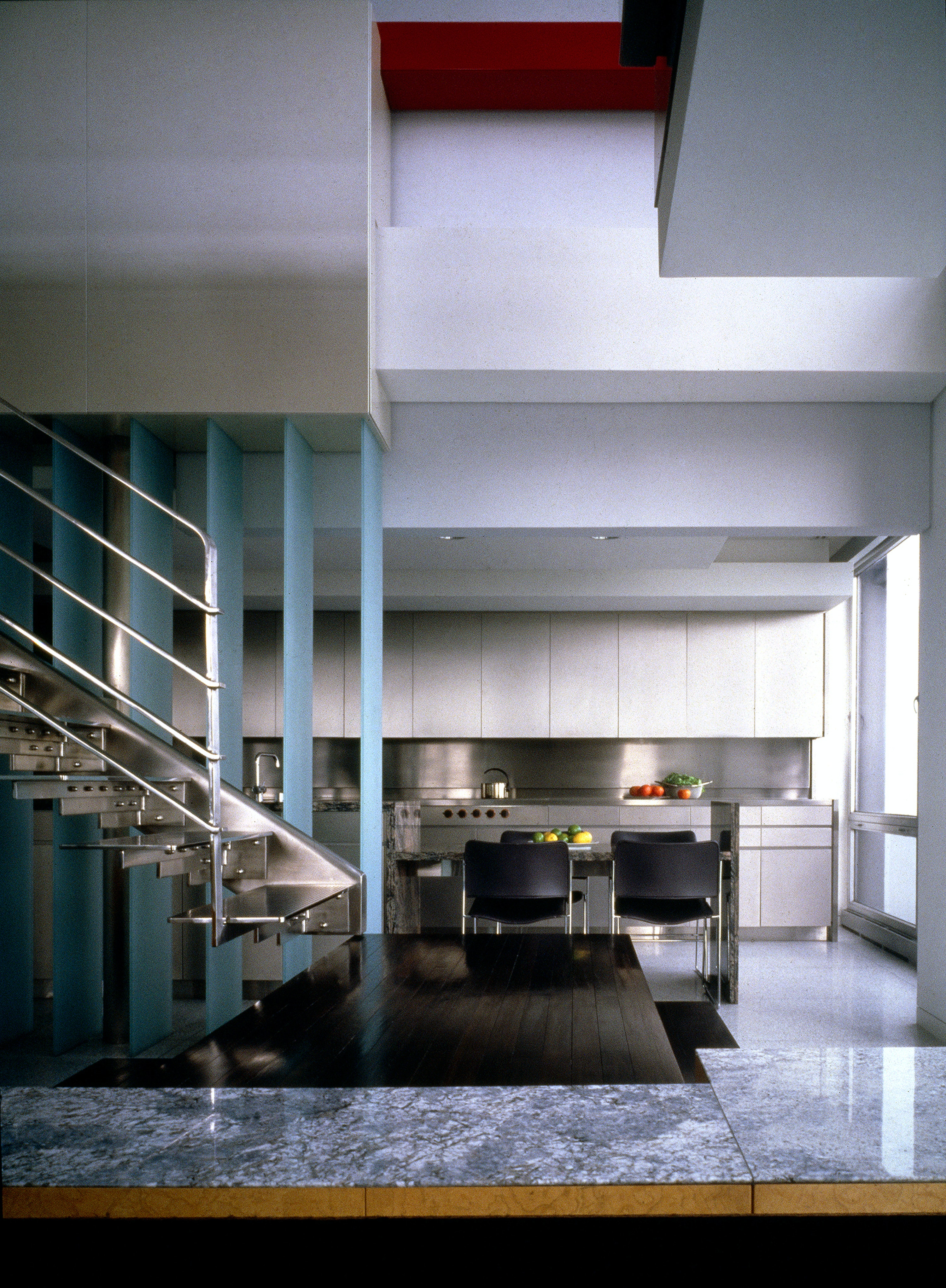 A Stainless Steel Apartment 09