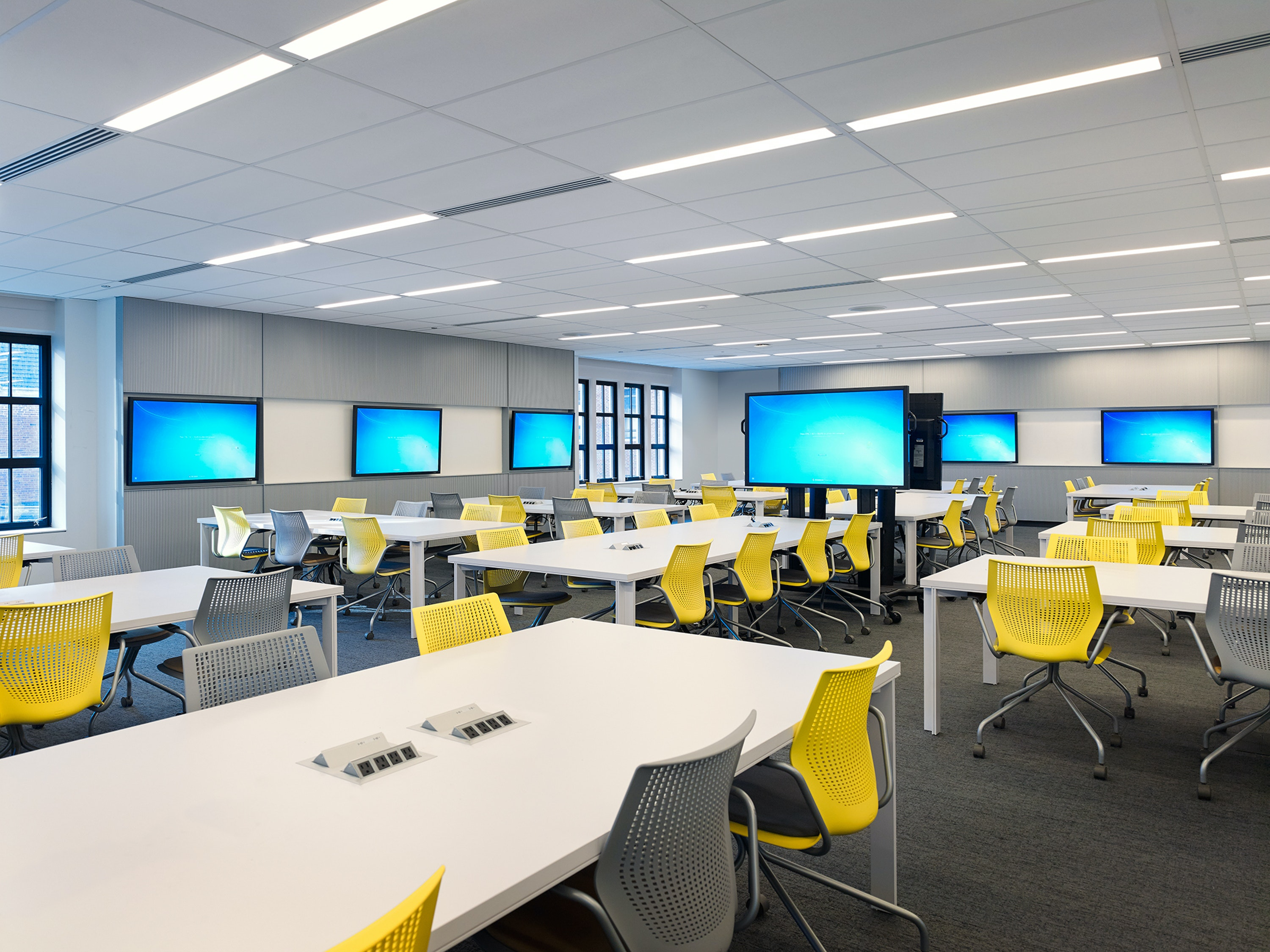 UIC College of Medicine Learning Center 04